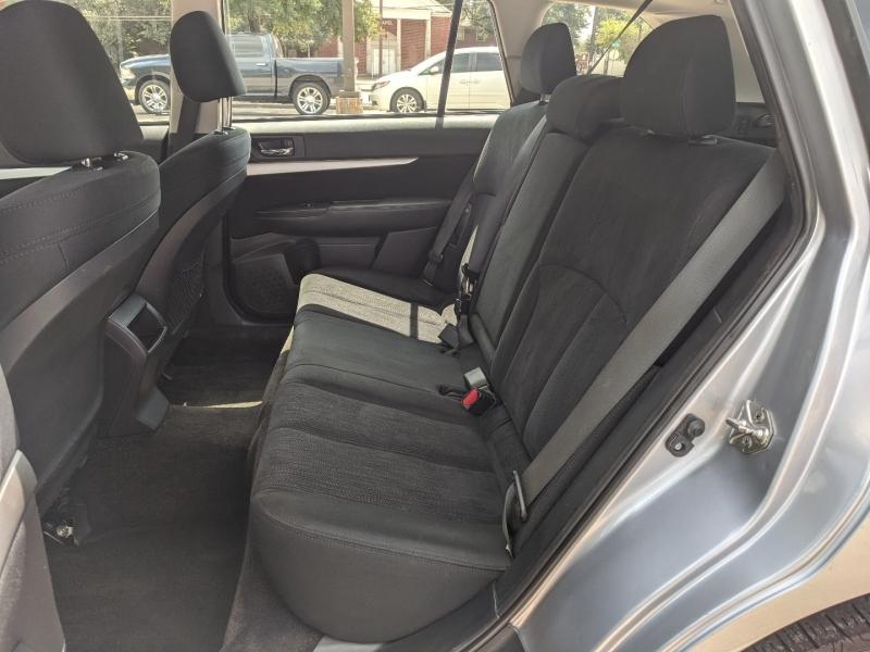 Subaru Outback 2013 price $10,900
