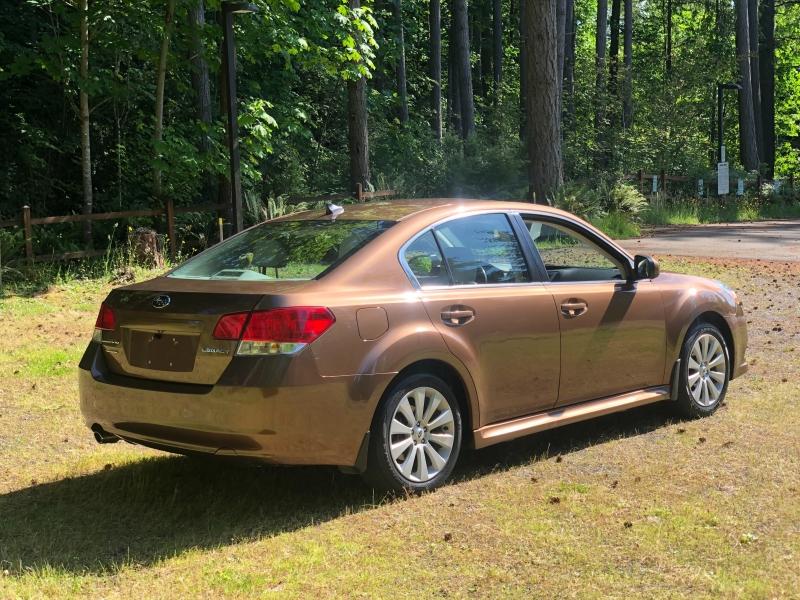 Subaru Legacy 2012 price $8,799