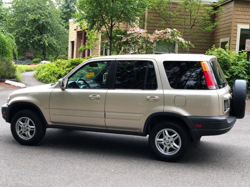 Honda CR-V 2001 price $4,799