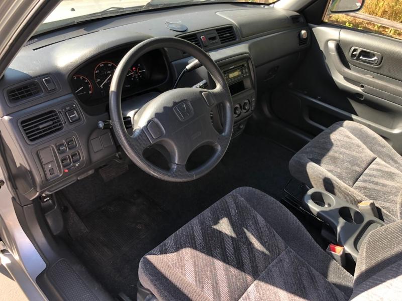Honda CR-V 2000 price $4,399