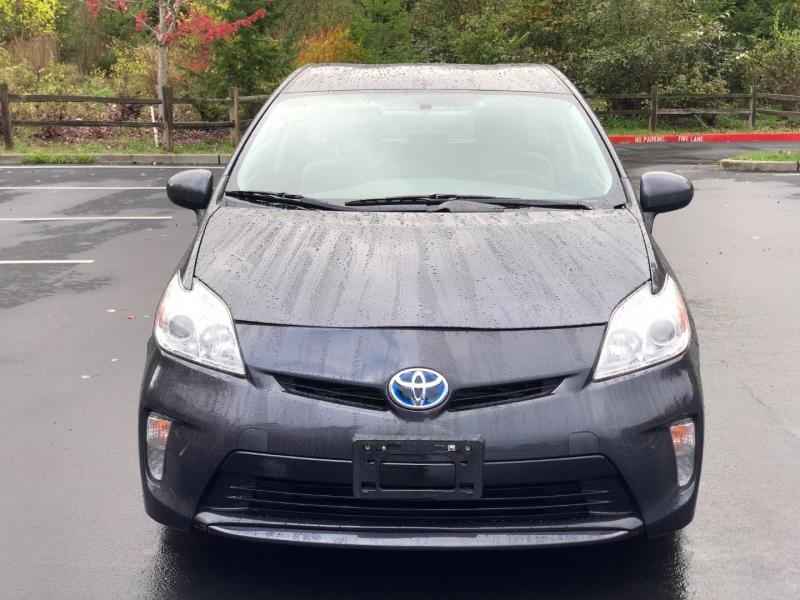 Toyota Prius 2012 price $8,700