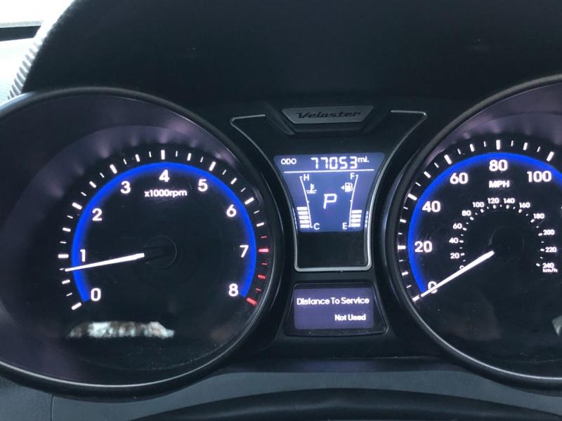 Hyundai Veloster 2015 price $11,825