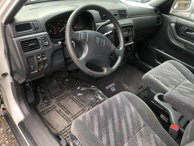 Honda CR-V 1999 price $4,500