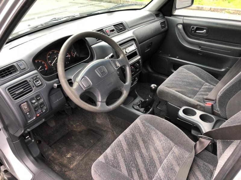Honda CR-V 2001 price $4,650