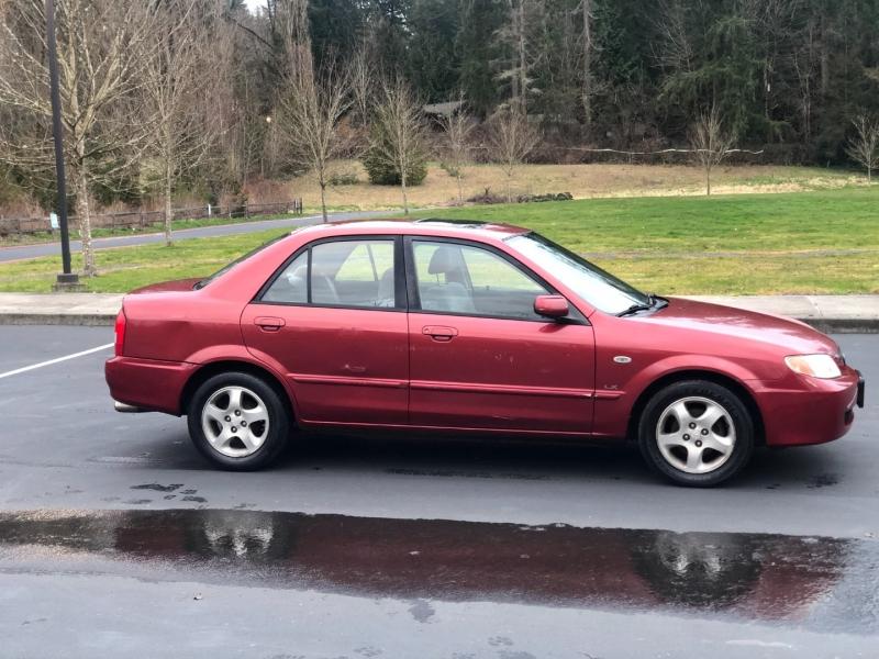 Mazda Protege 2002 price $2,850