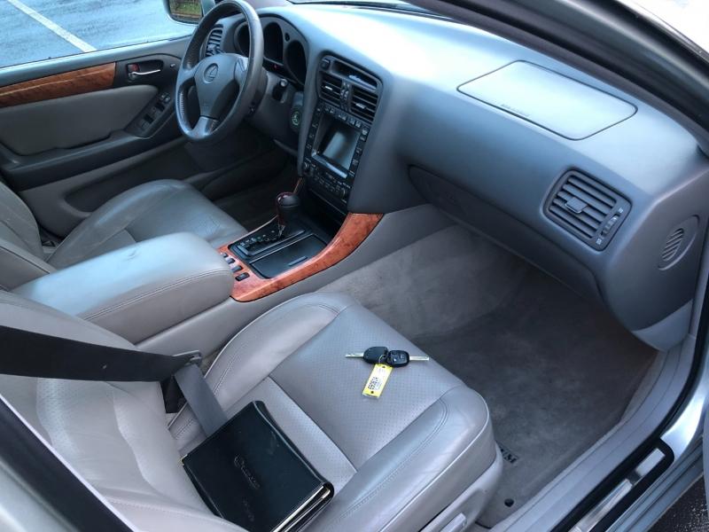 Lexus GS 300 2000 price $6,777