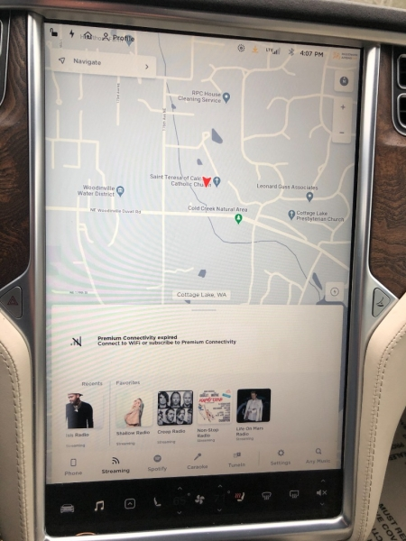 Tesla Model S 2017 price $61,650