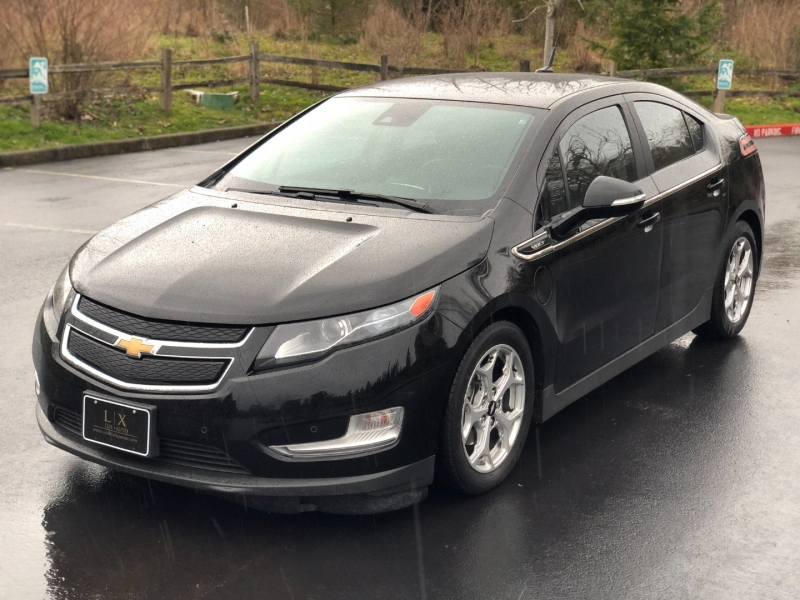 Chevrolet Volt 2014 price $9,700