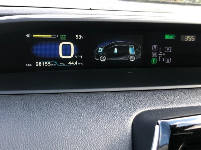 Toyota Prius 2016 price $15,750