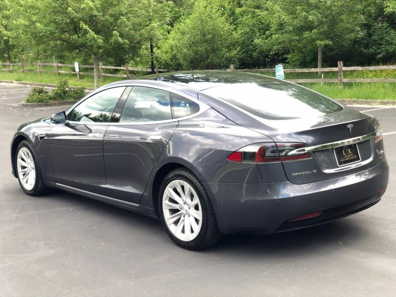 Tesla Model S 2018 price $58,700