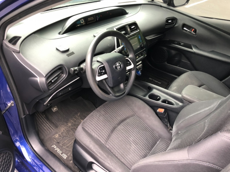 Toyota Prius 2016 price $16,500