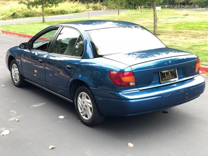 Saturn S-Series 2002 price $2,450