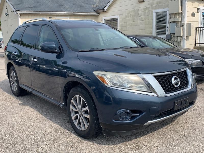 Nissan Pathfinder 2014 price $10,490