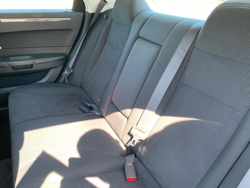 Chrysler 300 2009 price $5,995
