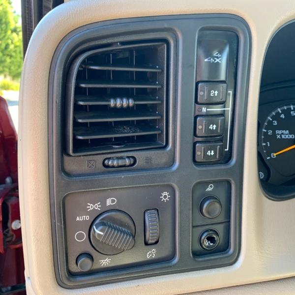 GMC Sierra 2500HD 2005 price $10,495