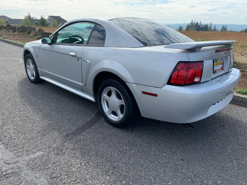 Ford Mustang 2002 price $3,495
