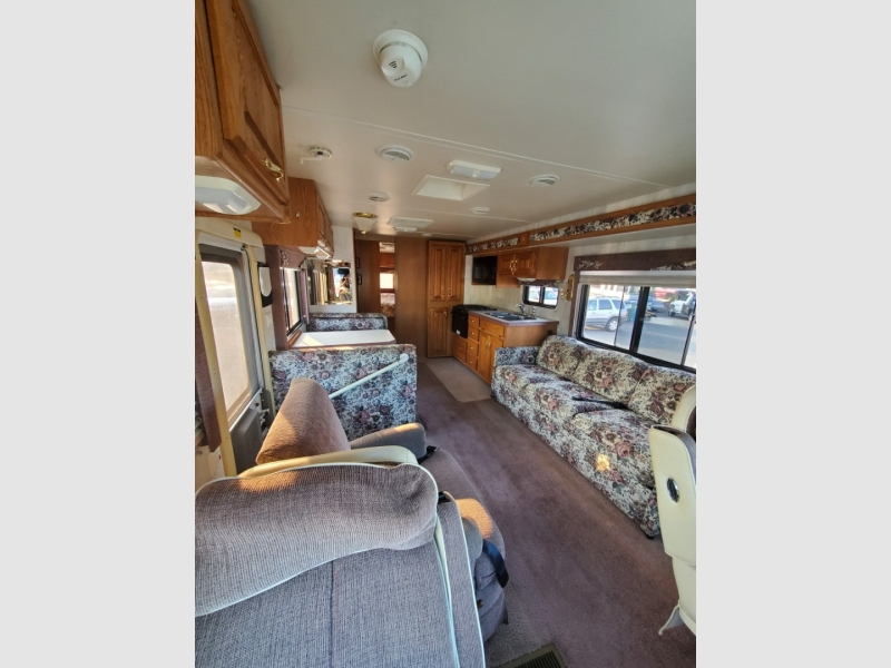 Ford Super Duty F-550 Motorhome 2000 price $16,995