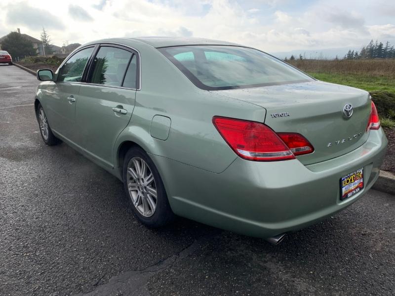Toyota Avalon 2006 price $6,995