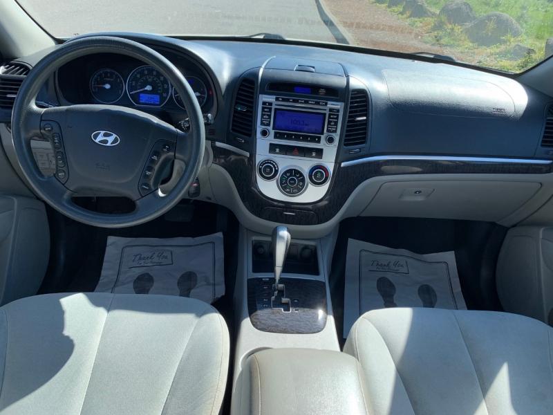Hyundai Santa Fe 2009 price $7,495