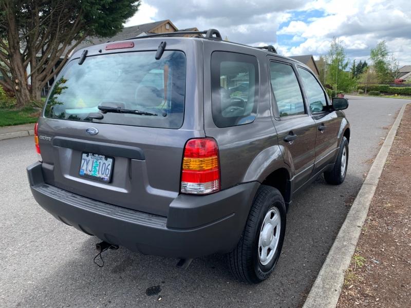 Ford Escape 2004 price $5,995