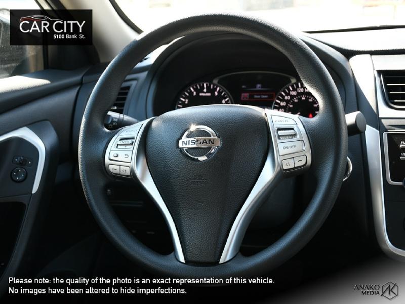 Nissan Altima 2016 price $12,888
