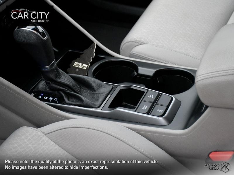Hyundai Tucson 2017 price $18,999