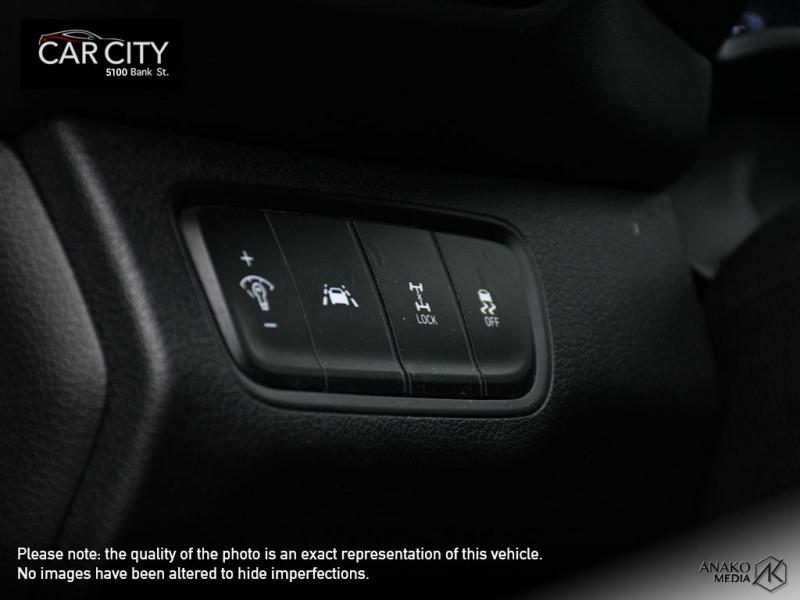 Hyundai Santa Fe 2019 price $22,800