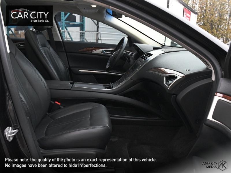 Lincoln MKZ 2015 price $18,777