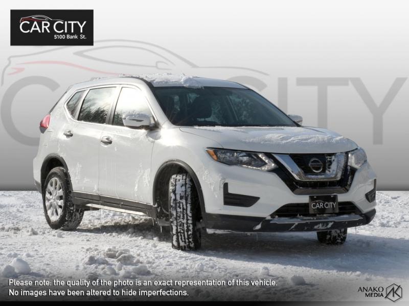 Nissan Rogue 2017 price $16,771