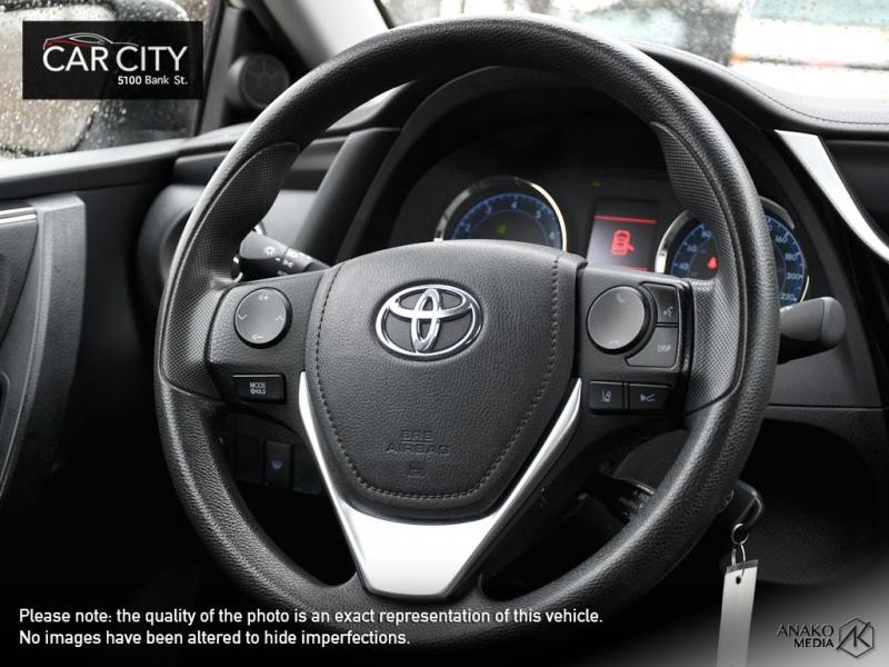 Toyota Corolla 2017 price $13,888