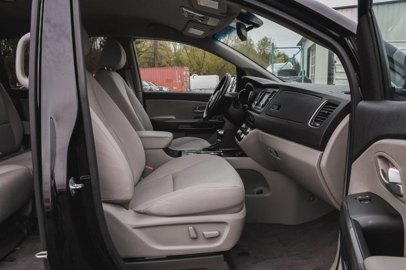 Kia Sedona 2019 price $24,888