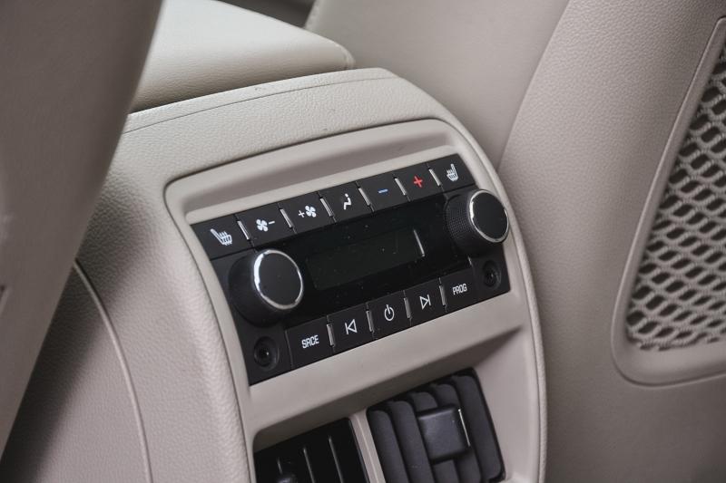 Cadillac SRX 2011 price $13,700