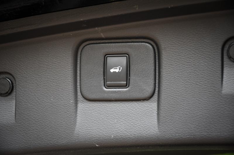 Nissan Murano 2016 price $22,800
