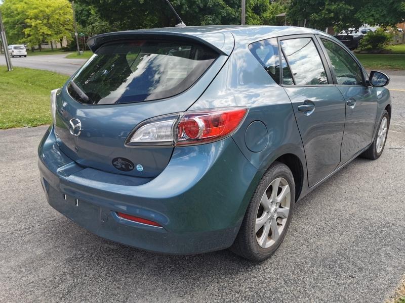 Mazda 3 2011 price $6,990
