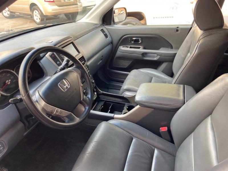 Honda Pilot 2006 price $10,888