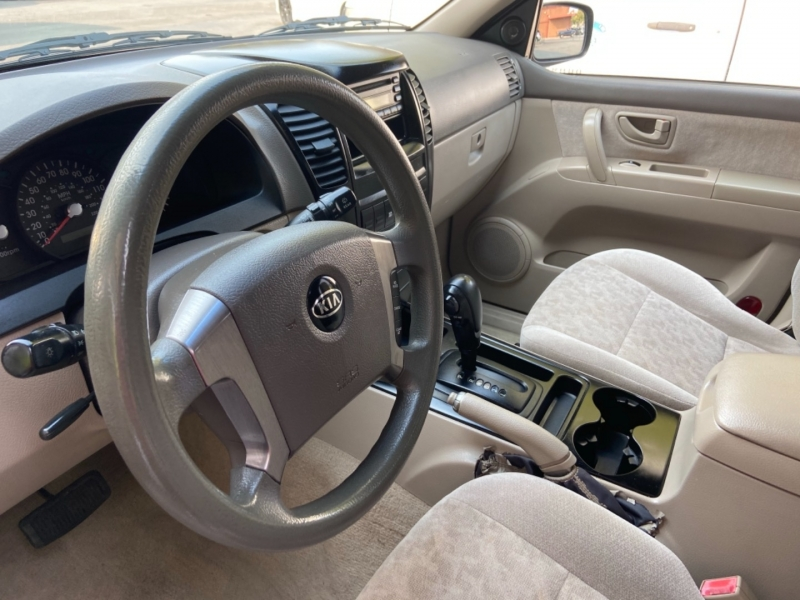 Kia Sorento 2004 price $7,488