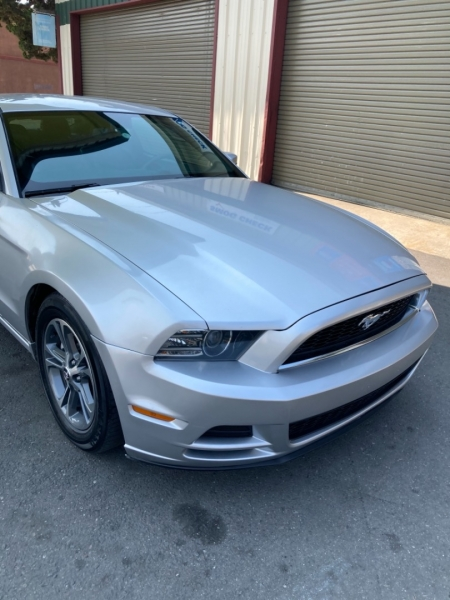 Ford Mustang 2013 price $11,995