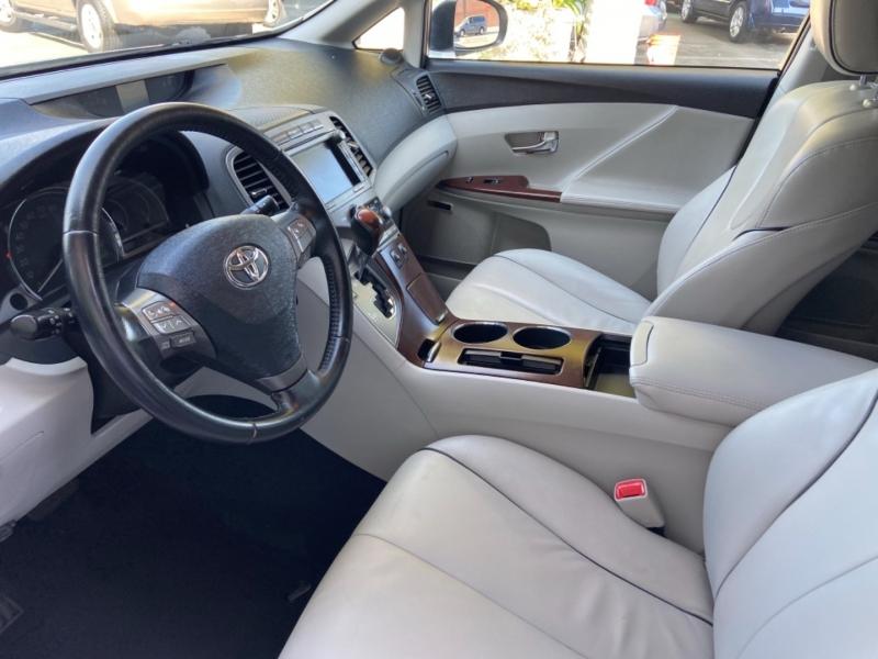 Toyota Venza 2009 price $11,998