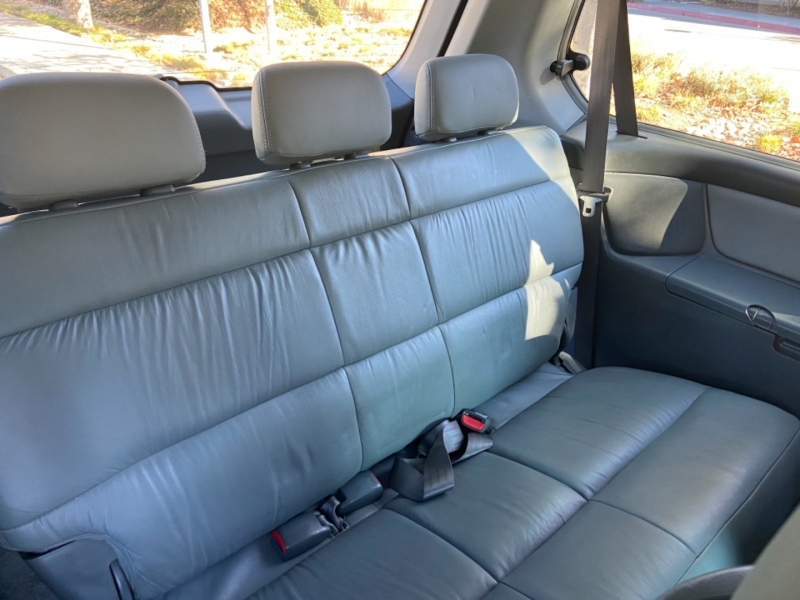 Honda Odyssey 2002 price $5,777