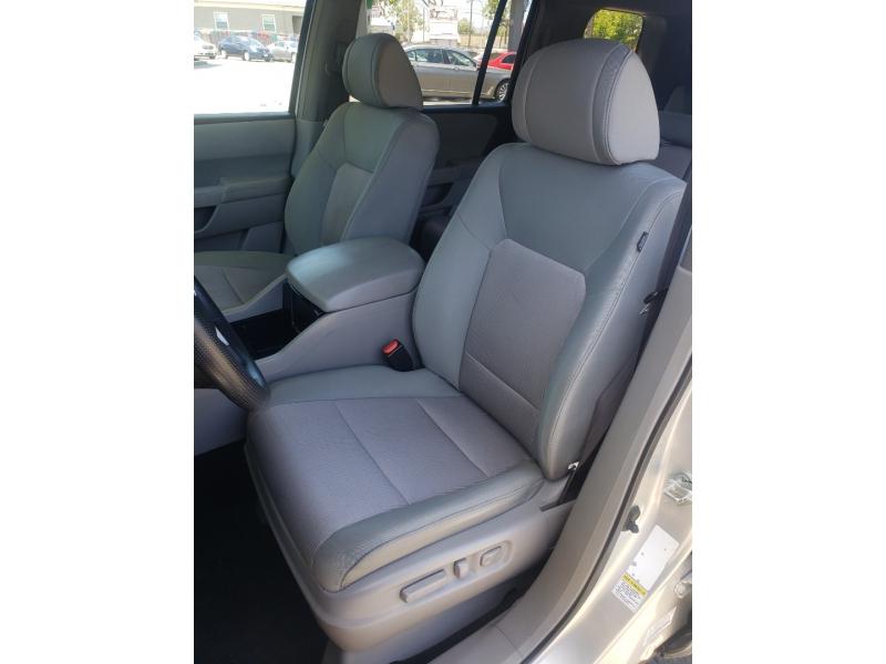 Honda Pilot 2009 price $13,995