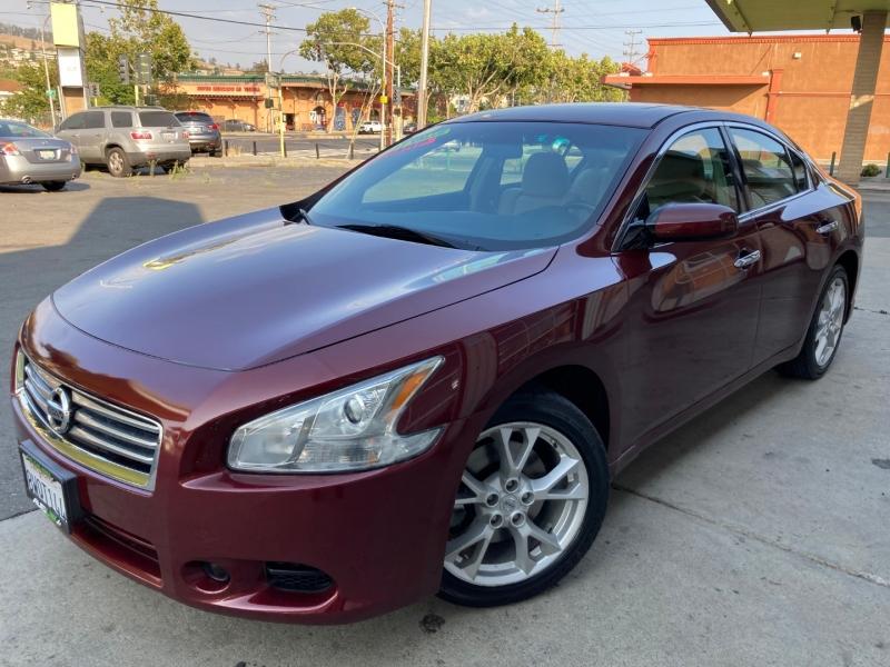 Nissan Maxima 2012 price $13,995