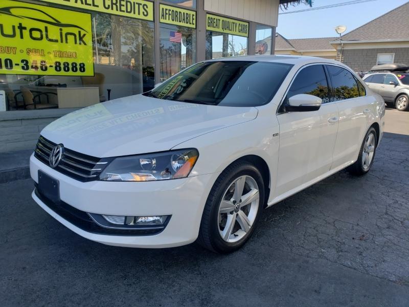 Volkswagen Passat 2015 price