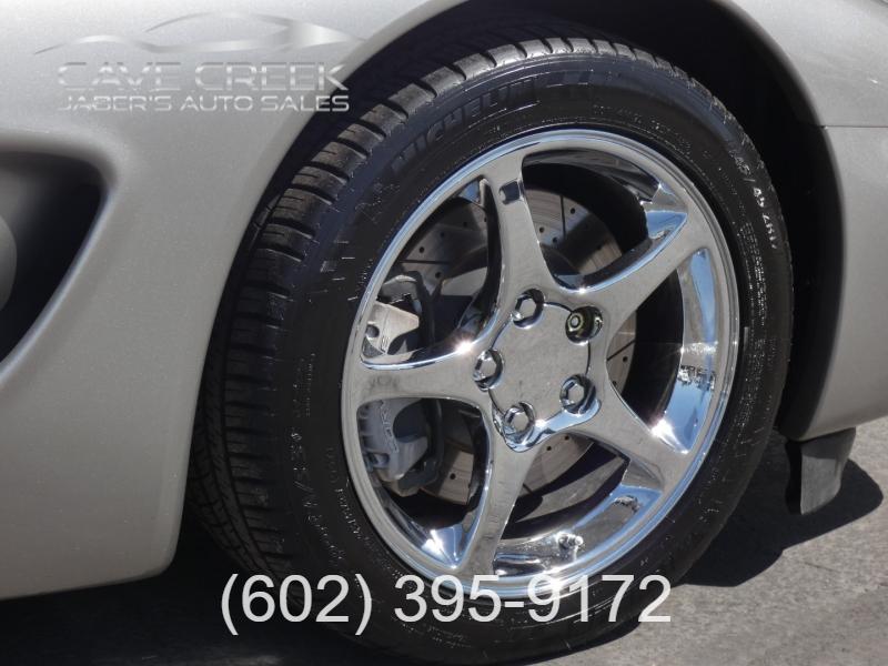 Chevrolet Corvette 2001 price $15,995