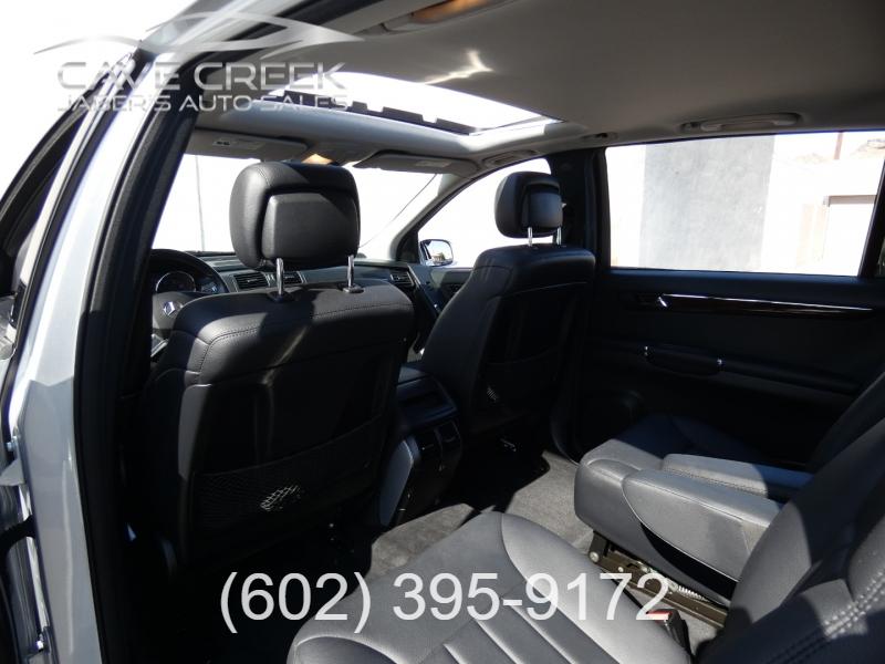 Mercedes-Benz R-Class 2010 price $12,995