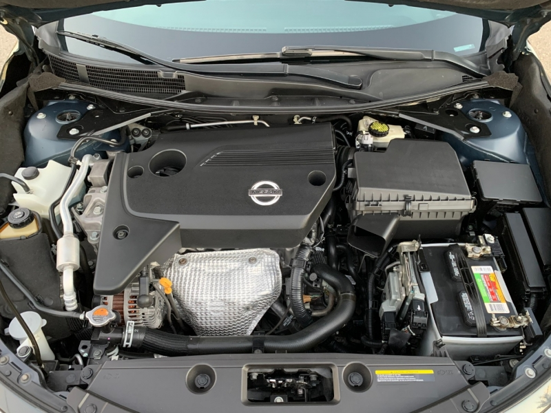 Nissan Altima 2013 price $8,200