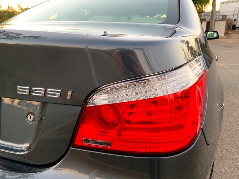 BMW 5-Series 2008 price $11,200
