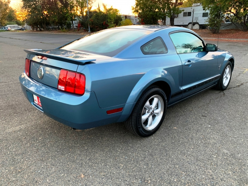 Ford Mustang 2007 price $8,300