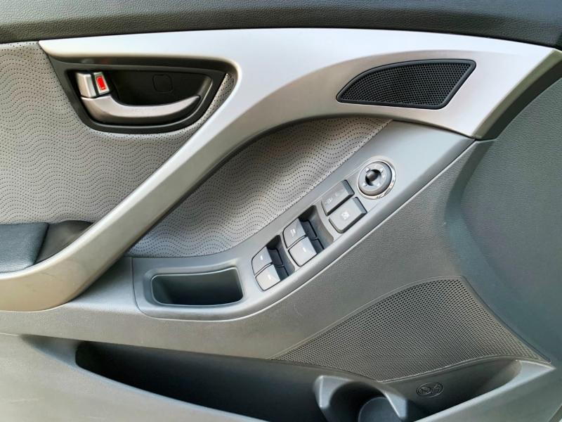 Hyundai Elantra 2012 price $6,950