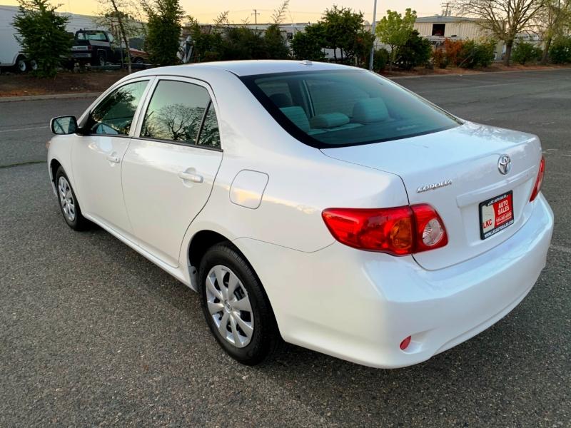 Toyota Corolla 2009 price $6,100