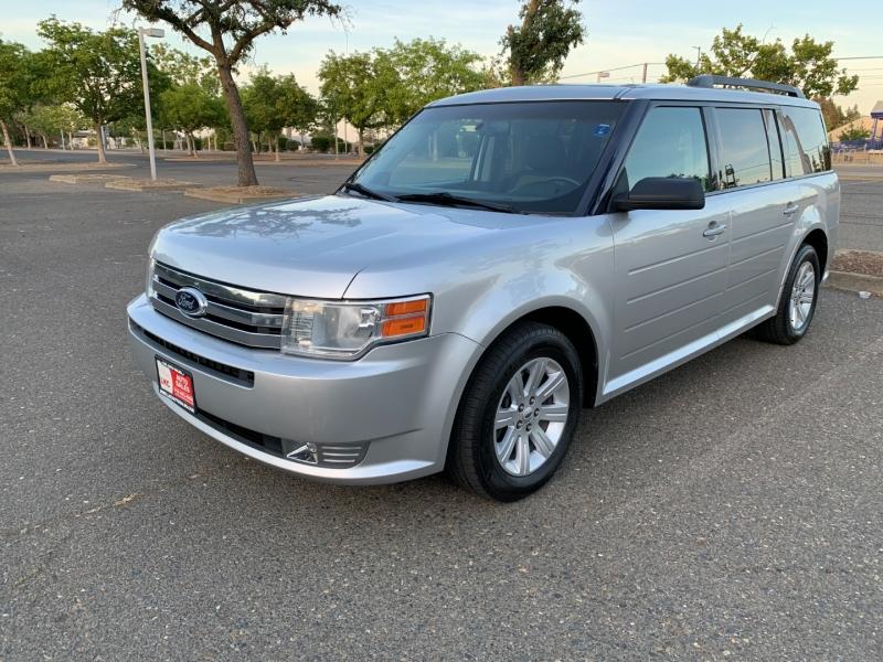 Ford Flex 2011 price $8,950